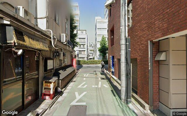 Streetview?size=640x396&location=35.7063863429952%2c139.760486512049&heading=86.8382057641535&pitch=0