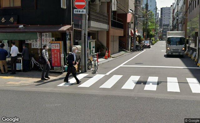 Streetview?size=640x396&location=35.7068468536209%2c139.783637486916&heading= 187.385101127809&pitch= 5