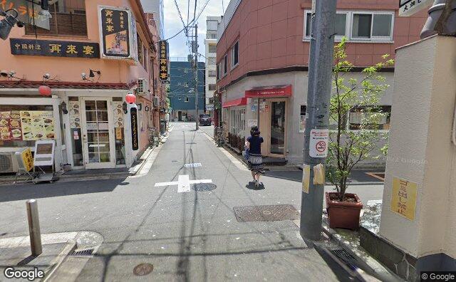 Streetview?size=640x396&location=35.7077337481635%2c139.770752860436&heading= 171.839825874191&pitch= 7