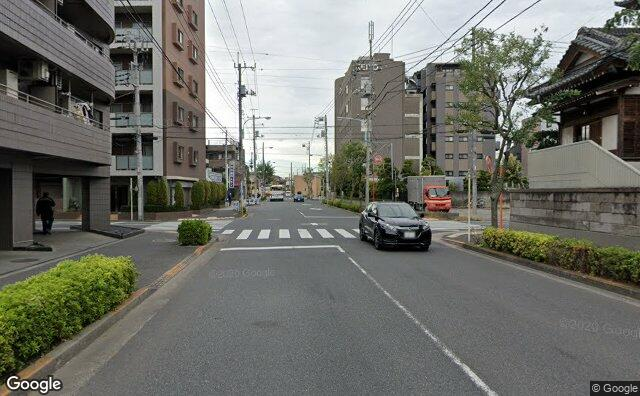 Streetview?size=640x396&location=35.7082966198566%2c139.903286953726&heading=356.810378548028&pitch= 0
