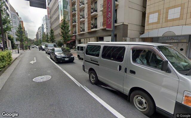 Streetview?size=640x396&location=35.7271245103155%2c139.716457064708&heading= 109.711623744657&pitch= 8