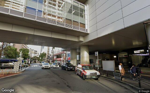 Streetview?size=640x396&location=35.7288811263841%2c139.771130343738&heading=166.257124593236&pitch=11