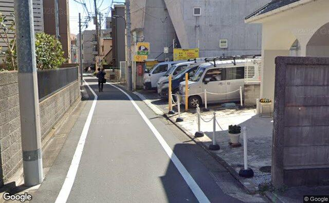 Streetview?size=640x396&location=35.7290138090466%2c139.704004886155&heading=148.73622846041&pitch= 6