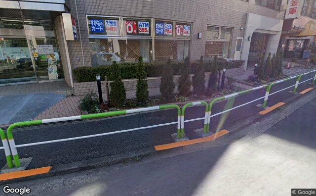Streetview?size=640x396&location=35.7449613%2c139.7196768&heading=138.726869237829&pitch= 17