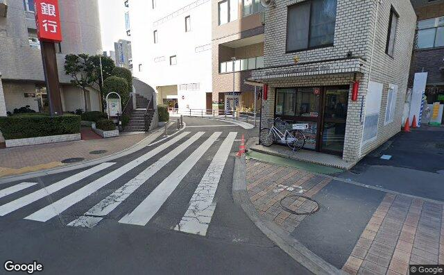 Streetview?size=640x396&location=35.7454385275859%2c139.720130001418&heading= 107.436808891647&pitch= 9