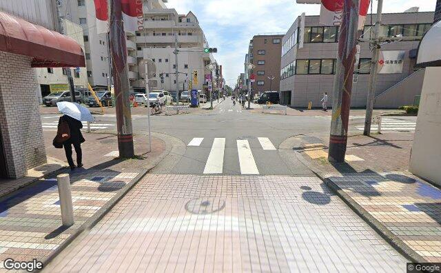 Streetview?size=640x396&location=35.7486687829807%2c139.471022775354&heading= 136.46665108279&pitch= 10