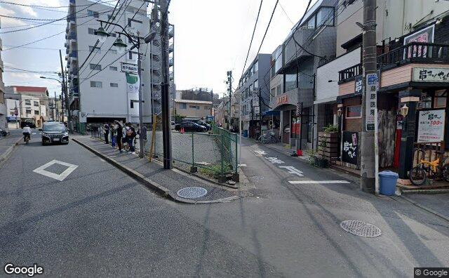 Streetview?size=640x396&location=35.7500784473267%2c139.543501830684&heading= 140.374422868716&pitch= 3