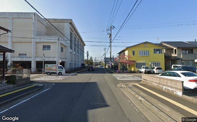 Streetview?size=640x396&location=36.0765054090289%2c136.241520619029&heading= 14.530676371516&pitch=2