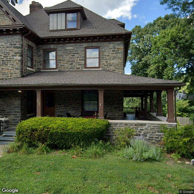 209 Fernbrook Ave