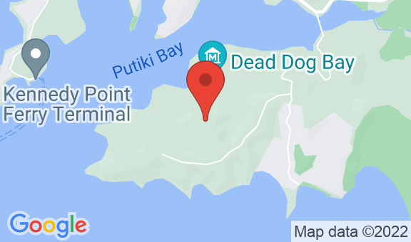 Oakura Bay Villa Location