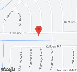 978 Lakeside Dr