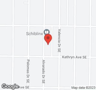 828 Alvarado Drive SE