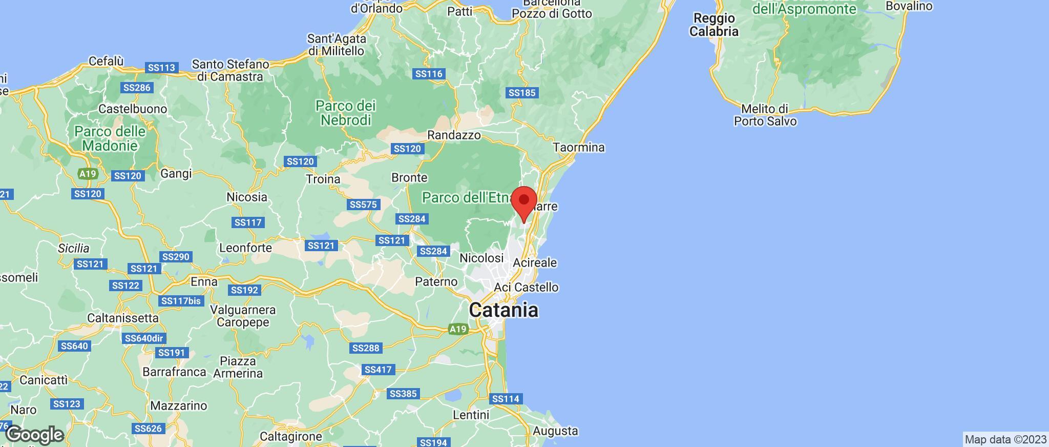 Map showing the location of Santa Venerina