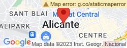 Bonig visita Alicante con motivo de las Hogueras y asiste a la mascletà