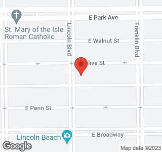 208 Lincoln Blvd