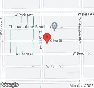 218 Lindell Blvd