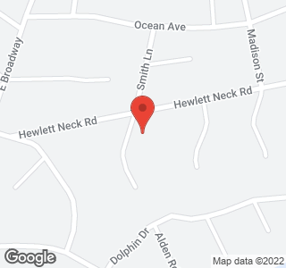153 Hewlett Neck Rd Ln
