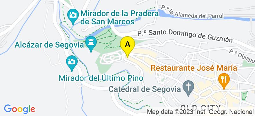 situacion en el mapa de . Direccion: Plazuela Juan Guas 2 1G, 40003 San Cristóbal de Segovia. Segovia