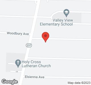 17407 Woodbury Ave