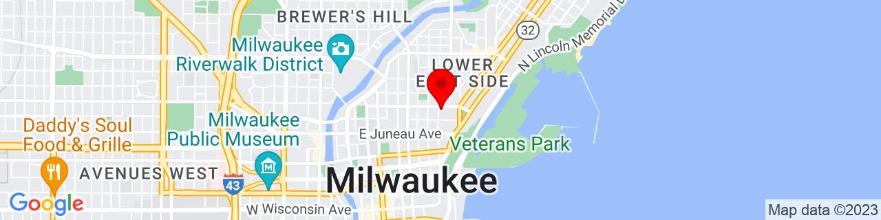 Google Map of 43.047847, -87.899327