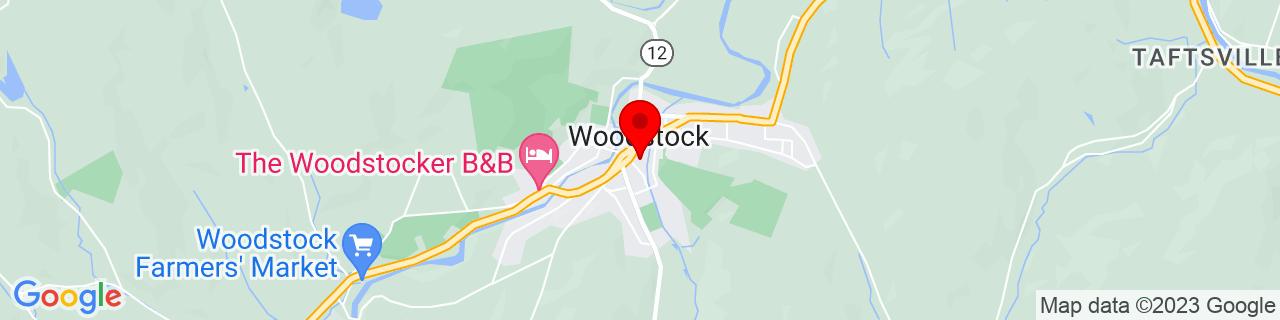 Google Map of 43.62416666666667, -72.51833333333333