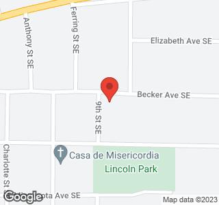 900 Becker Ave SE