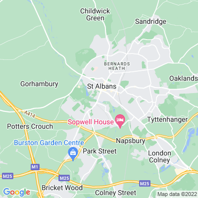 Holywell House, St Albans Location