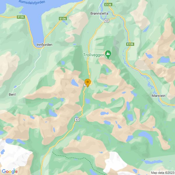 Google Map of 62.454263914410355,7.6691436767578125