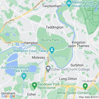 Hampton Court House Location