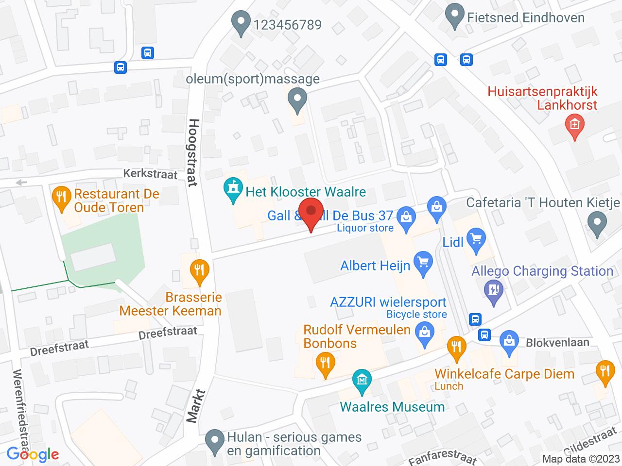 Winkelcentrum De Bus (AH) op een kaart getoond.