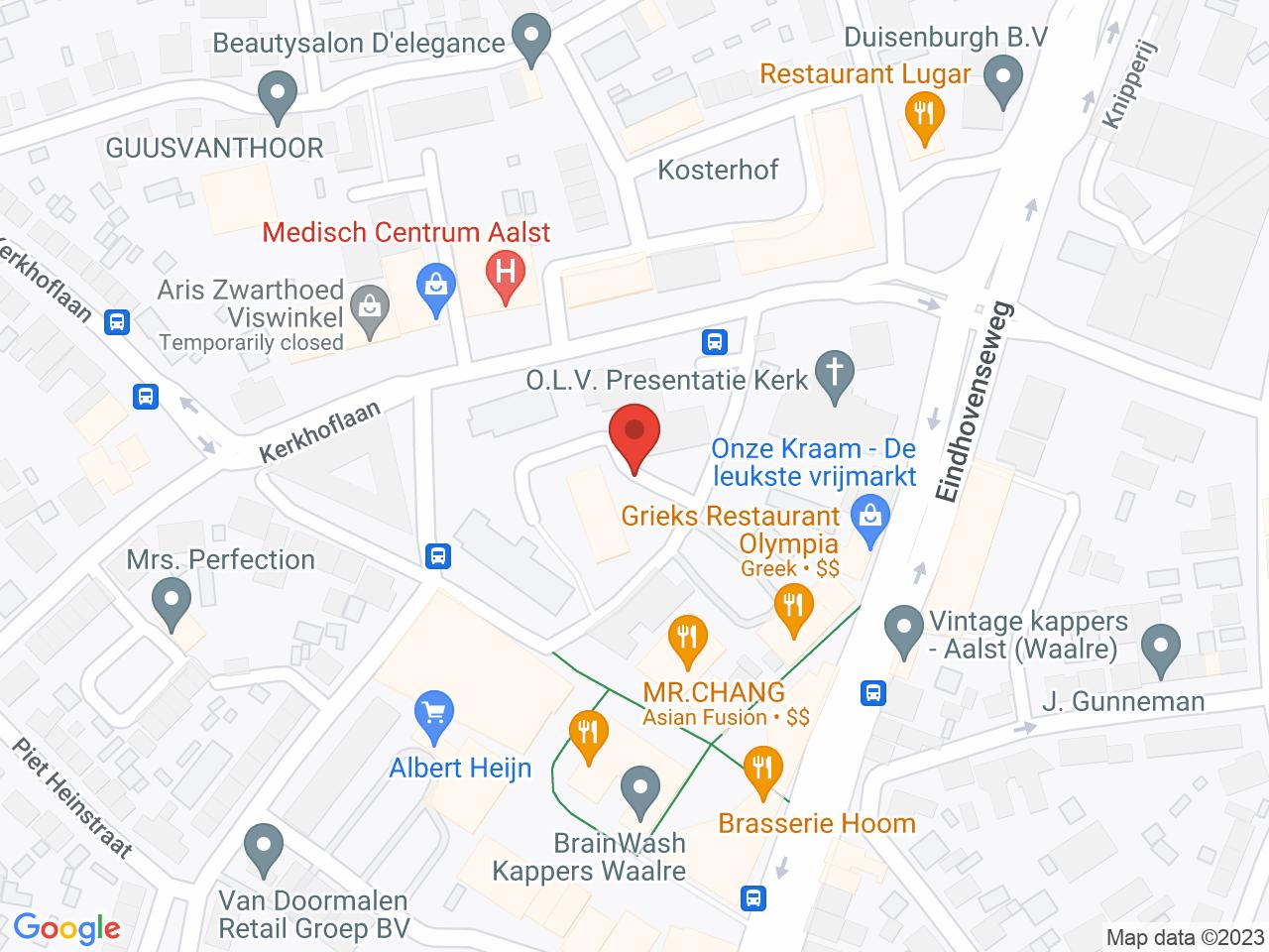 Winkelcentrum Den Hof op een kaart getoond.