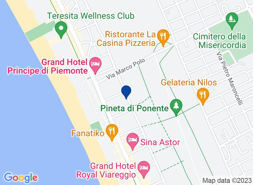 Villa, VIAREGGIO