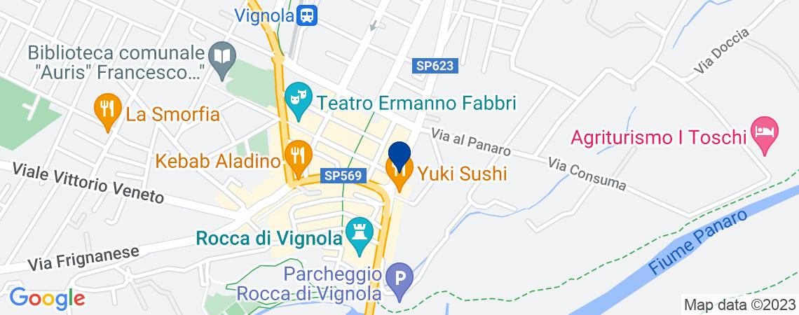 Appartamento al p.2 in Via Cesare Battisti...
