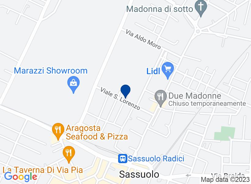 Appartamento al p.2 in Viale Luca della Ro...