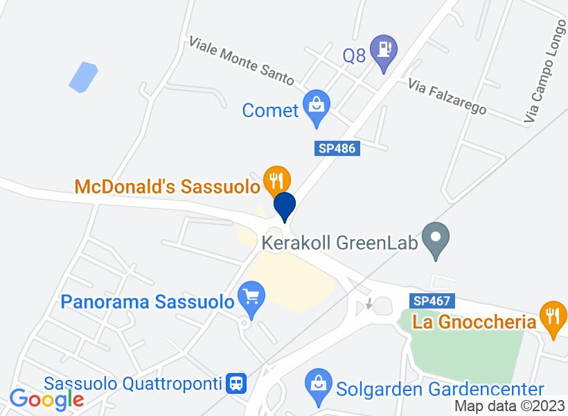 Tre appartamenti al p.2 a Sassuolo (MO), c...