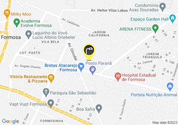Mapa Avenida com postes de luz mal posicionados no canteiro