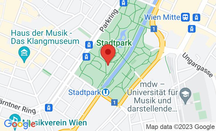 """Geokoordinaten """"The B-Teams"""" laufen blind beim Warm-Up für den neunten erste bank vienna night run im Wiener Stadtpark - BILD"""