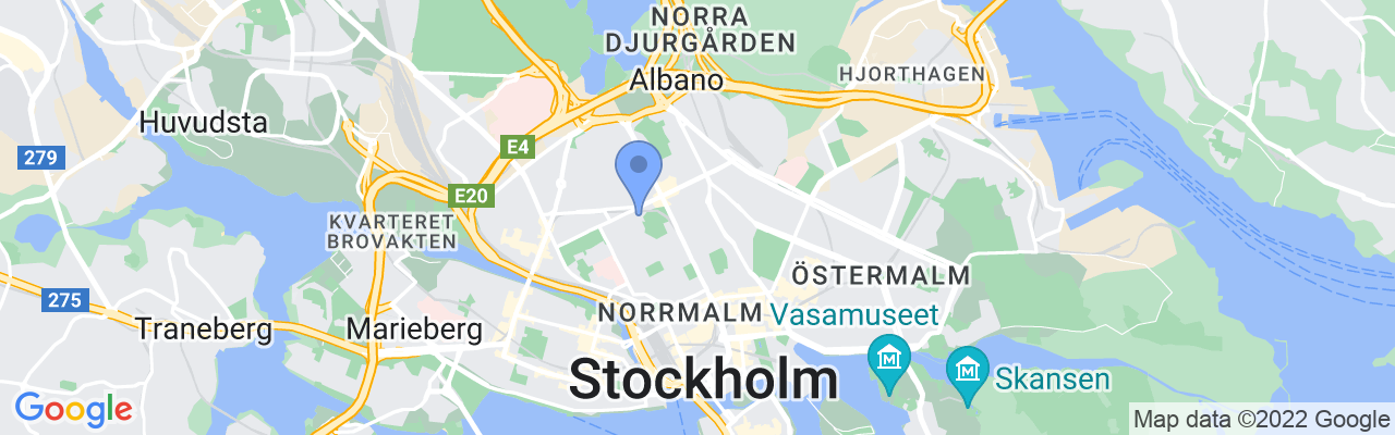 Staticmap?size=1280x200&maptype=roadmap&center=59.34222576538292%2c18.061150833438916&markers=size:mid%7ccolor:blue%7c59.3423500061%2c18
