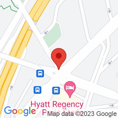 Autolib' - 12 place du Général Koënig Paris