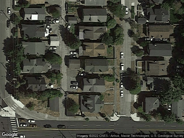 5011 8th Ave NE Seattle, WA 98105 Satellite View