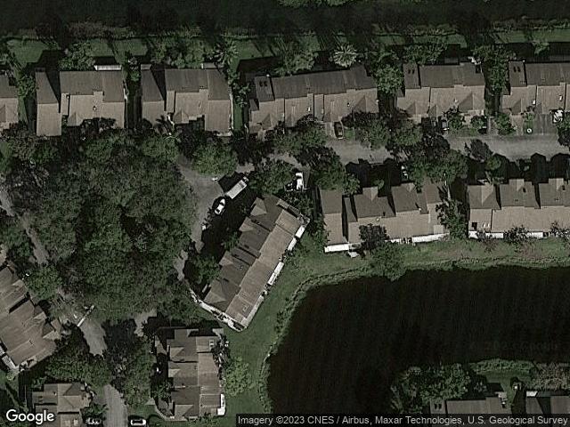 2076 E Discovery Circle Deerfield Beach, FL 33442 Satellite View