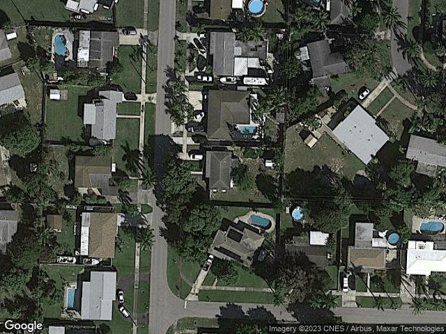 320 Henthorne Drive Lake Worth Beach, FL 33461 Satellite View