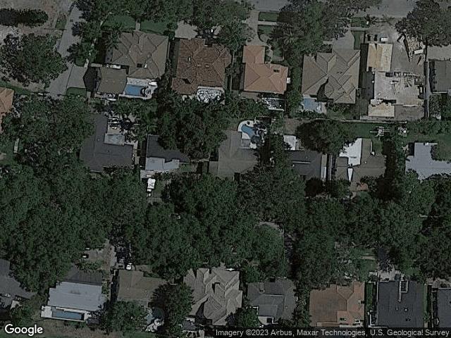 283 NE Belleair Drive St Petersburg, FL 33704 Satellite View