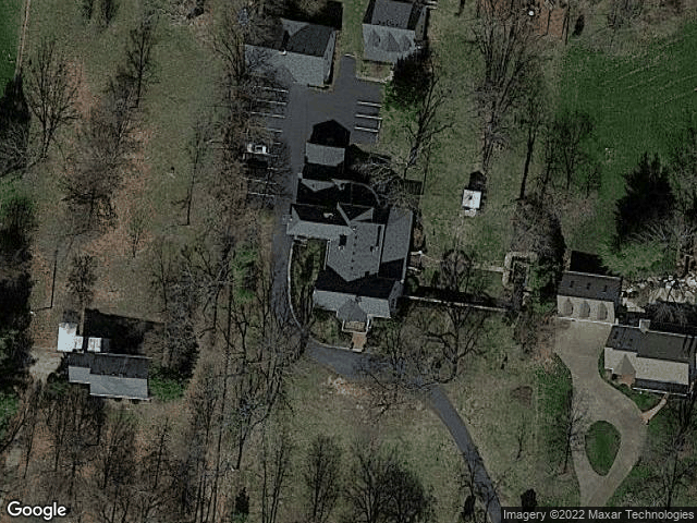 277 Rose Hill Ave Versailles, KY 40383 Satellite View