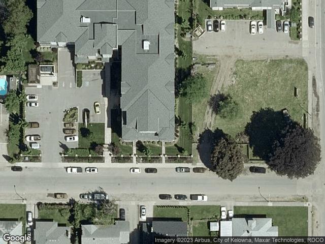 880 Saucier Avenue #303 Kelowna, BC V1Y6A3 Satellite View