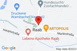 Hartis Tschecherl Innenhof