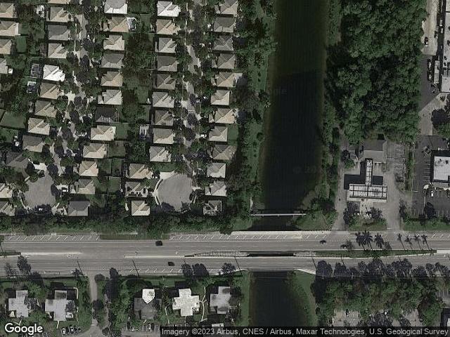 1104 Oakwater Dr, Royal Palm Beach, FL 33411