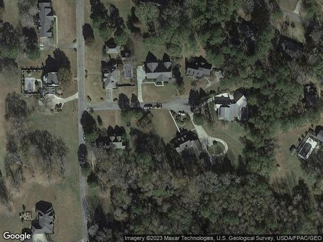 1401 Fairway Cir, Roanoke, AL 36274