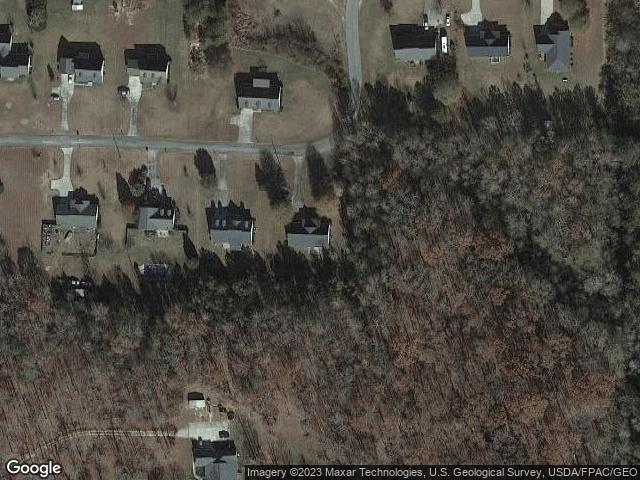 106 Peggy Dr, Roanoke, AL 36274