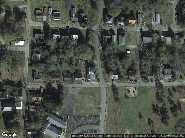 606 Commerce St, Roanoke, AL 36274